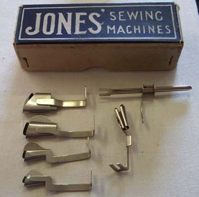 Jones CS Binders and Hemmers with card box in good condition